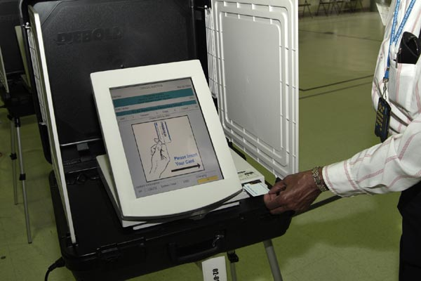 Watch This Demonstration of Vote Rigging With Machines